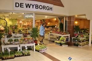 Nieuwe bloemenspeciaalzaak in winkelcentrum De Wyborgh