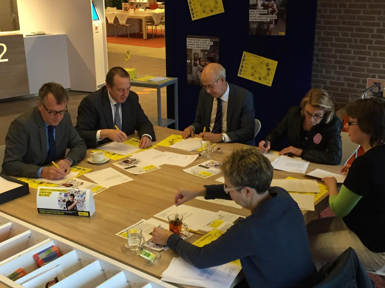 Liemerse burgemeesters schrijven voor Amnesty