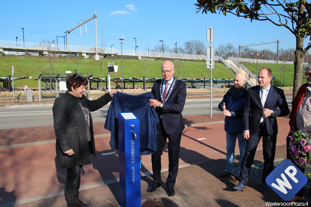 Drinkwatertappunt in Westervoort feestelijk geopend